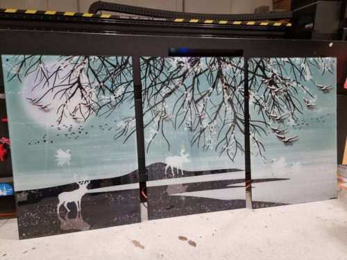 האגם הלבן סט תמונות זכוכית מושלם לתלייה בסלון או במשרד דגם 0030 photo review