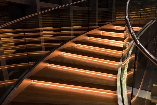 Glass railings types