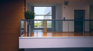 Planted-glass-railing