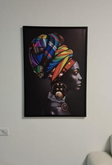 מלכת שווא#2 צבעוני תמונה לתליה בסלון או בחדר השינה בזכוכית דגם 1141 photo review