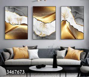 תמונה של הרים בזהב וכסף עם עצים איילים בסוריאליסטיות הדפסה על זכוכית לסלון או לפינת אוכל דגם 3467673